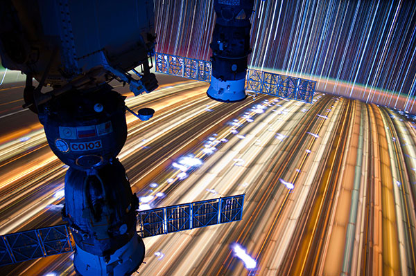 Amazing TRON like photos taken from the space station